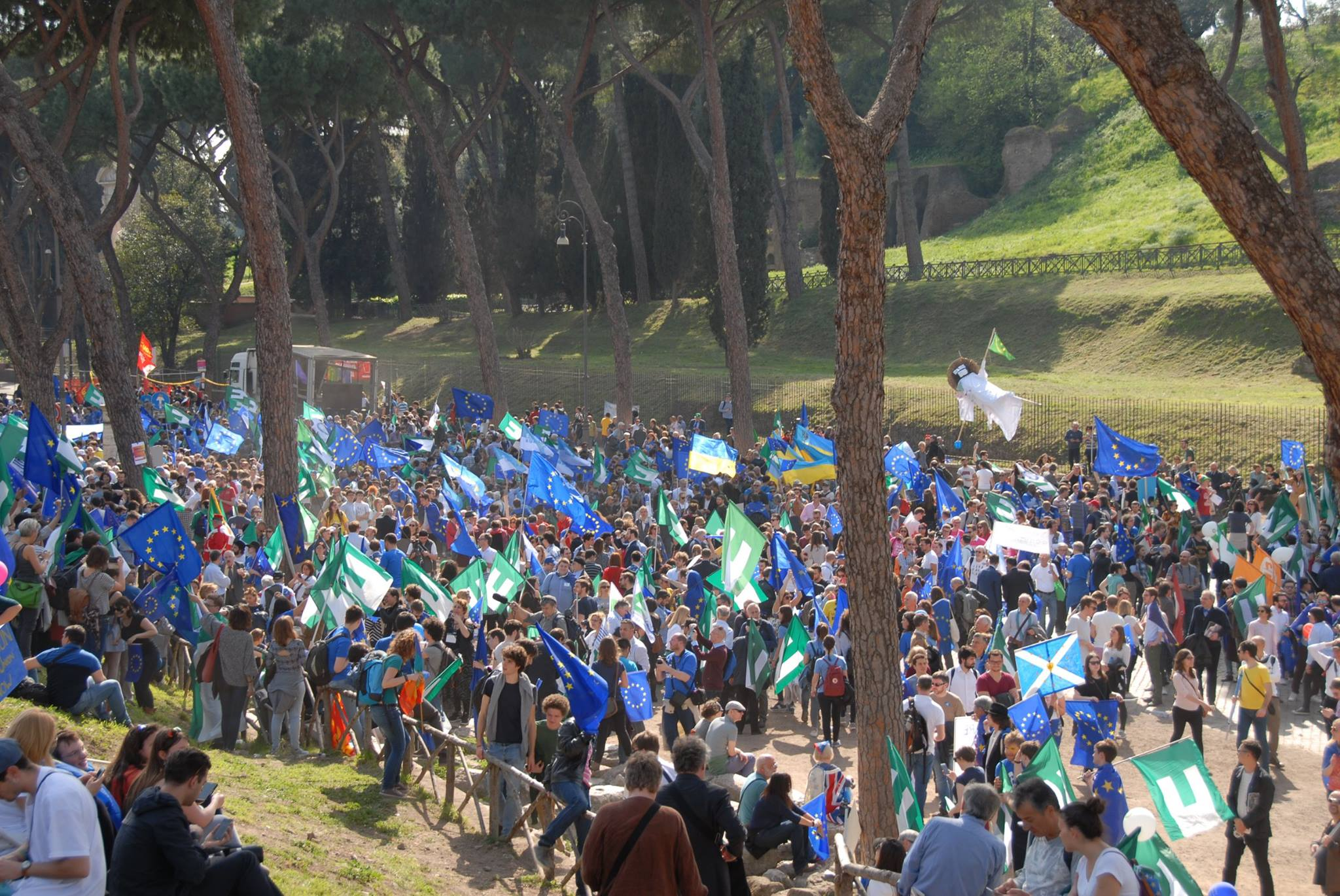Marcia per l'Europa foto